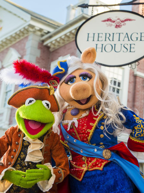 "Beginning in October 2016, the Muppets will star in an all-new live show at Magic Kingdom Park, called ""The Muppets Present: Great Moments in American History."" Sam Eagle, the fiercely patriotic American eagle, will join Kermit the Frog, Miss Piggy, Fozzie Bear, The Great Gonzo and James Jefferson, town crier of Liberty Square, as they gather outside The Hall of Presidents to present historical tales in hysterical Muppets fashion. (Chloe Rice, photographer)"