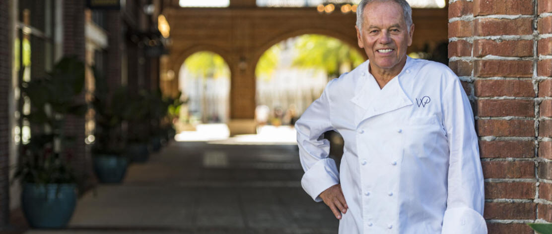 Wolfgang Puck's Neighborhood Restaurant Wolfgang Puck Bar & Grill Opens at Disney Springs
