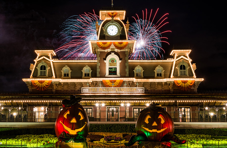 Enjoy the Return of Halloween and Holiday Events