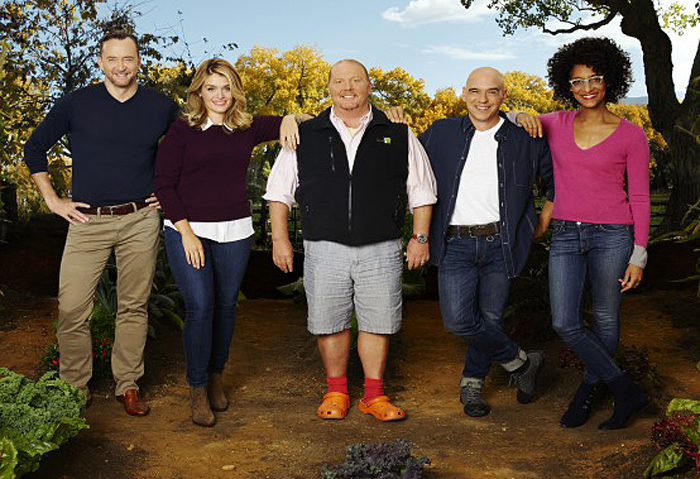 "THE CHEW – ABC's ""The Chew"" features entertaining expert Clinton Kelly, health and wellness enthusiast Daphne Oz, celebrity chefs Mario Batali, Michael Symon and Carla Hall. (ABC/Craig Sjodin)"